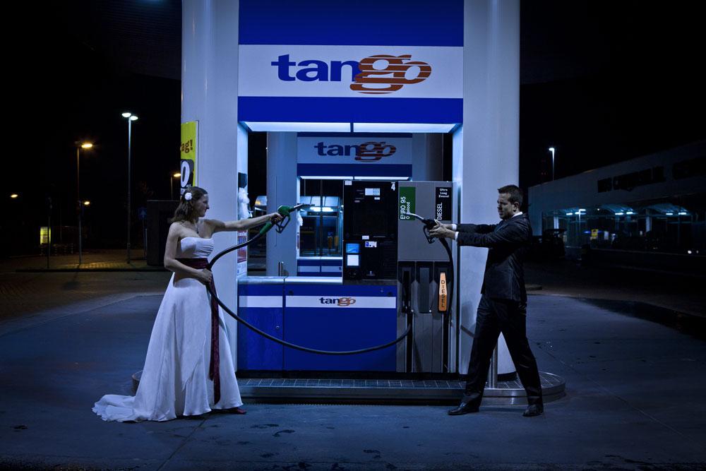 It-takes-two-to-tango-klein